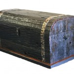 Pirate Chest: With leather or iron straps